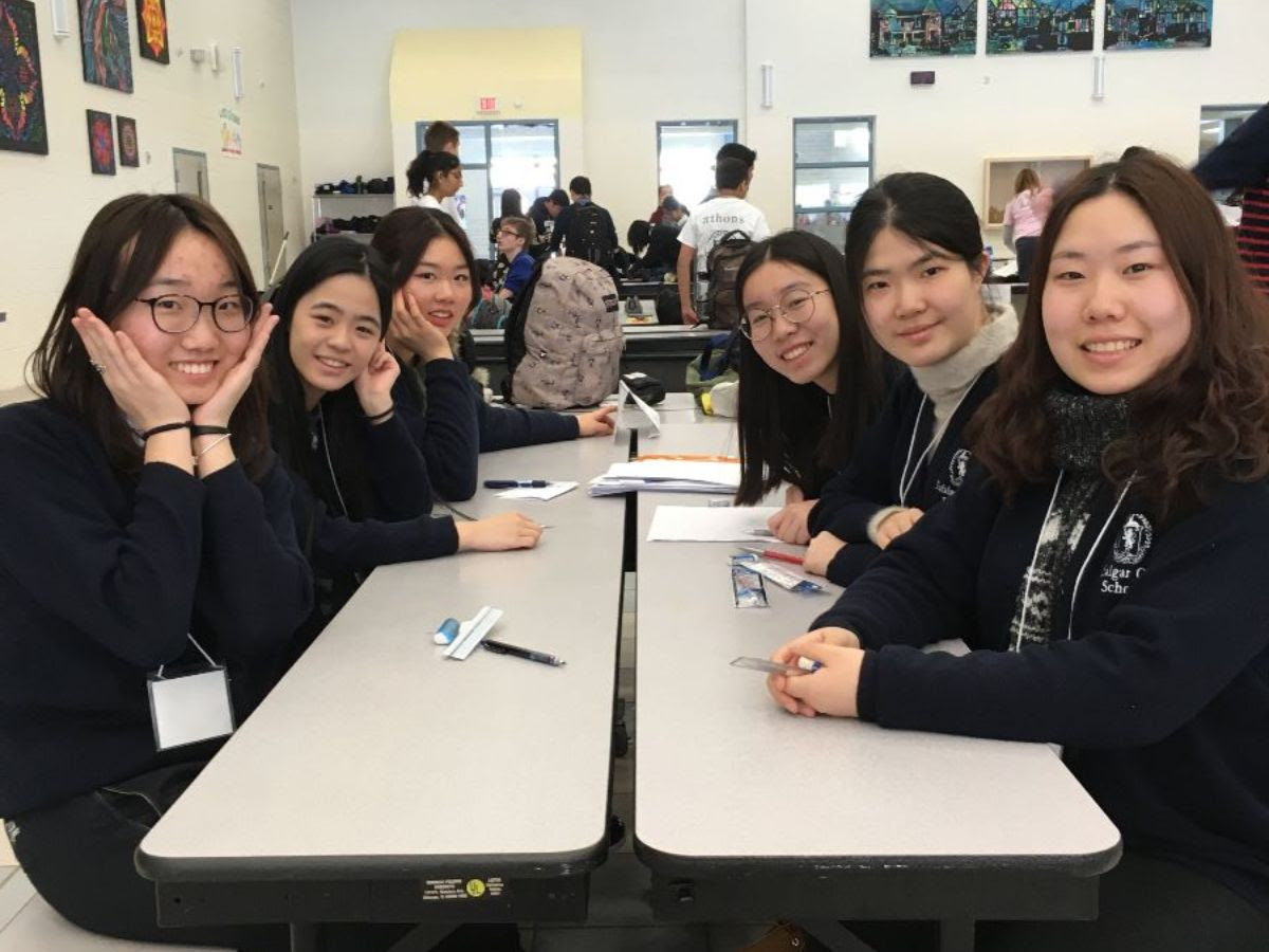 Trafalgar Math Club attends a competition